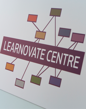 Learnovate sign image